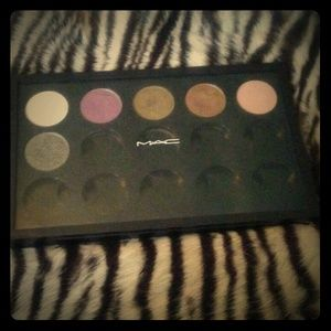 MAC Custom Eyeshadow Palette